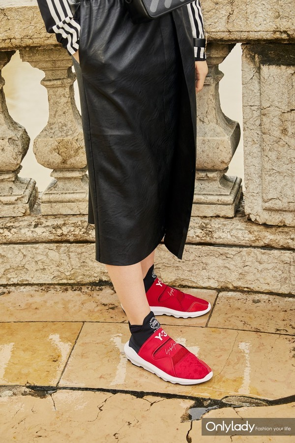 The Hottest Sneakers For The New Season - Image courtesy of Farfetch 10